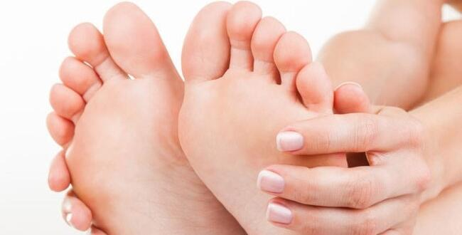 Ayak Ağrısına Neden Olur? Semptomlar neler?